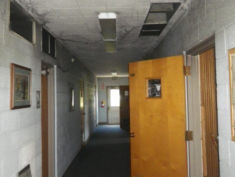 swartz contracting and emergency services fire damage before hallway 18