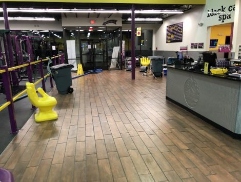 clean up of frozen pipe burst water damage in lobby